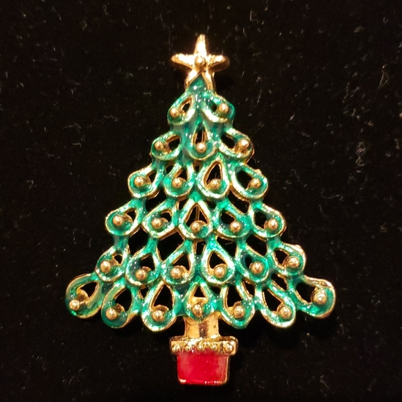 Vintage Christmas tree enamel brooch with green an